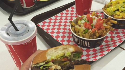 Fatburger Iraq Poutine